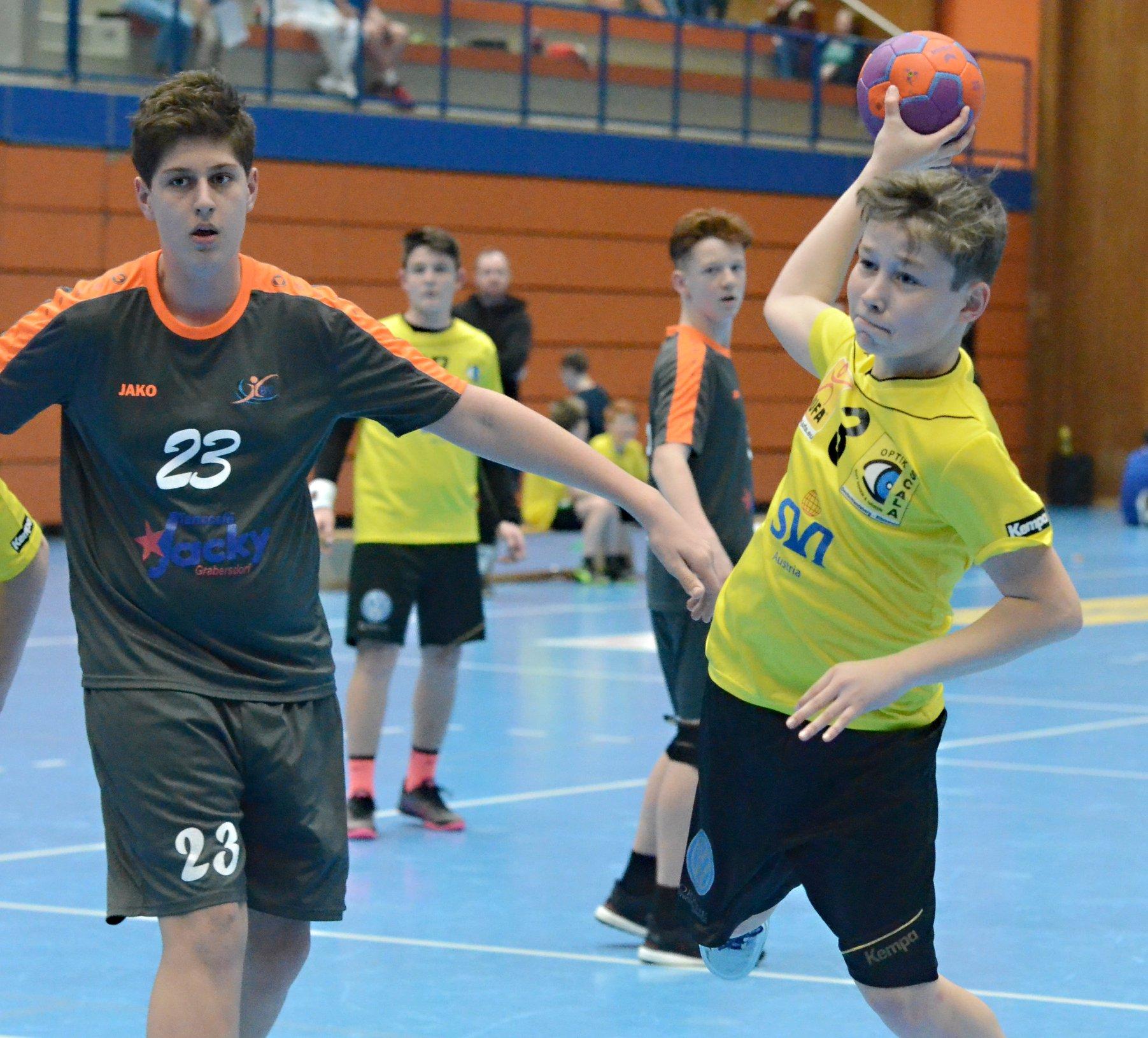 Handball Moment